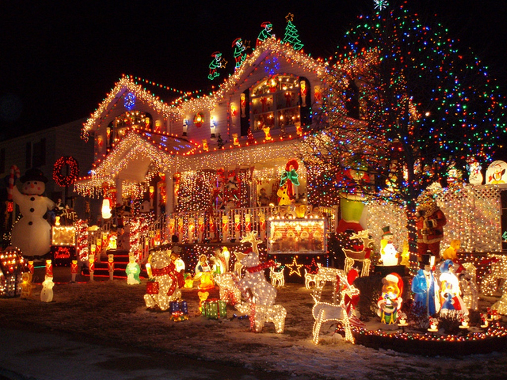 christmas-decoration-2016-49 69 Stunning Christmas Decoration Ideas 2021