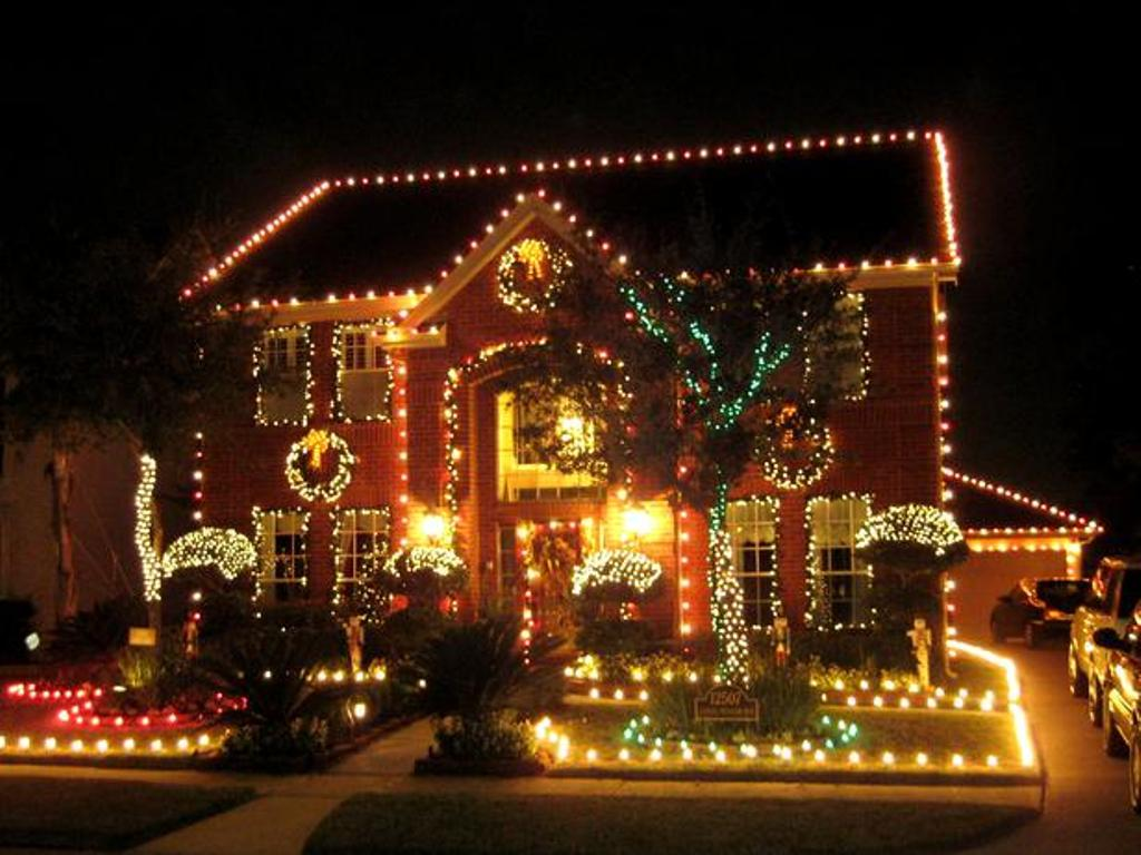 christmas-decoration-2016-50 69 Stunning Christmas Decoration Ideas 2021
