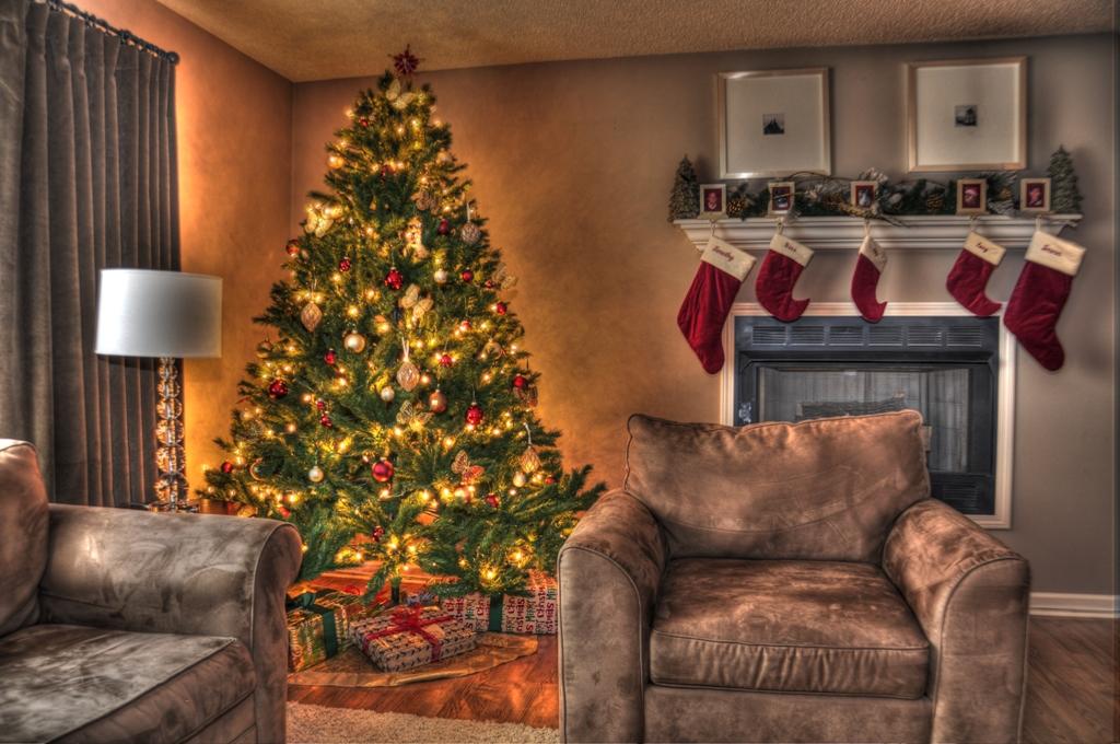 christmas-decoration-2016-64 69 Stunning Christmas Decoration Ideas 2020