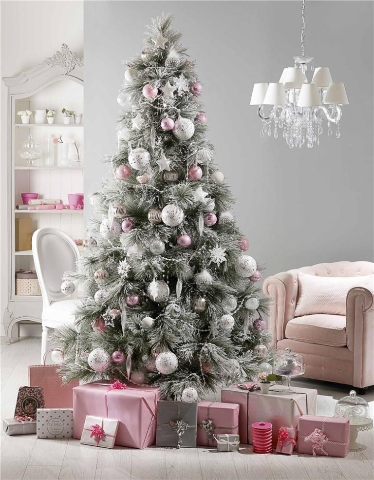 christmas-decoration-2016 69 Stunning Christmas Decoration Ideas 2021