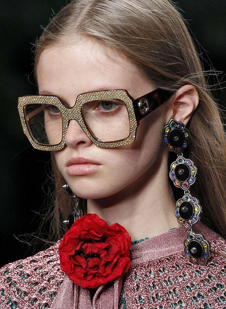 clear-lenses-6 57+ Newest Eyewear Trends for Men & Women 2020