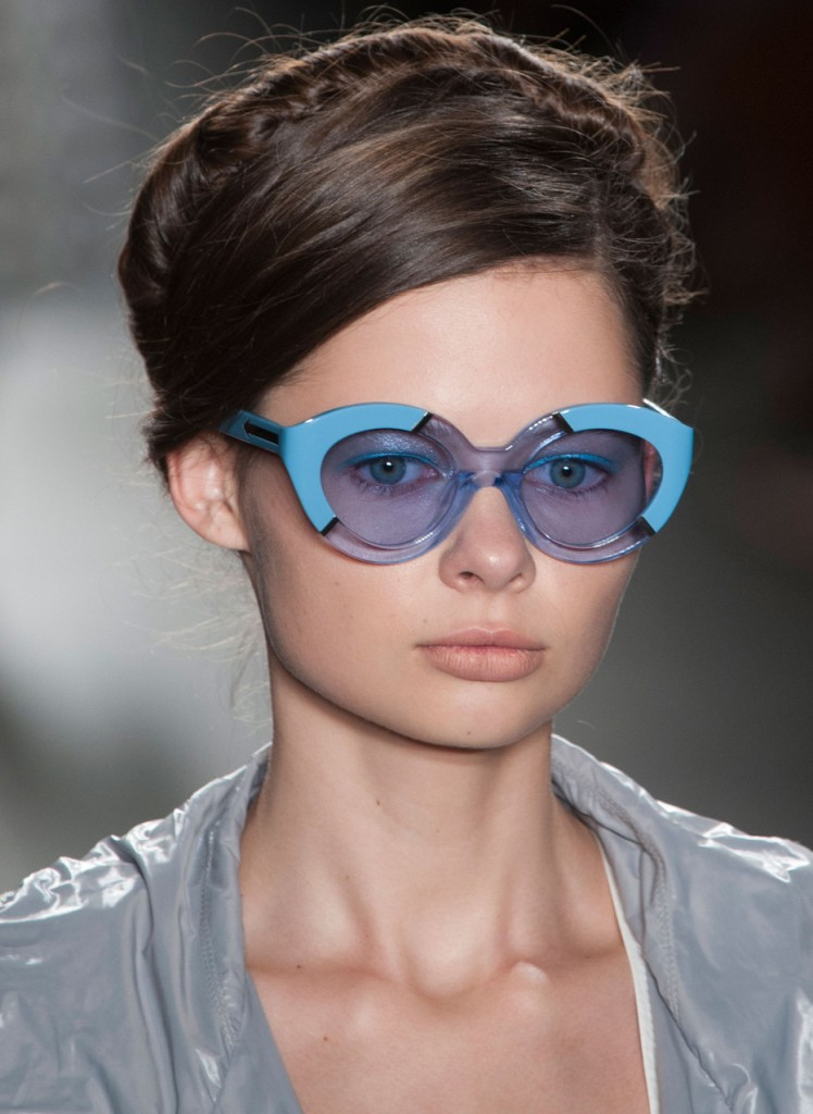 colorful-lenses-and-frames-2 57+ Newest Eyewear Trends for Men & Women 2020