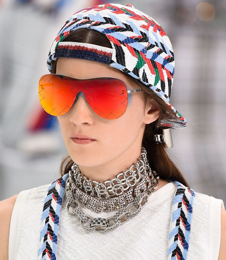 colorful-lenses-and-frames-6 57+ Newest Eyewear Trends for Men & Women 2020