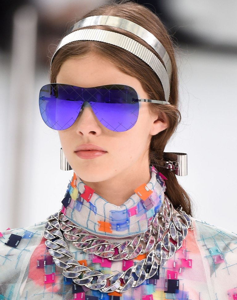 colorful-lenses-and-frames-8 57+ Newest Eyewear Trends for Men & Women 2020