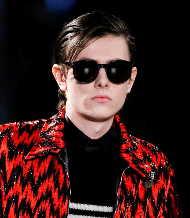 dark-lenses-1 57+ Newest Eyewear Trends for Men & Women 2019