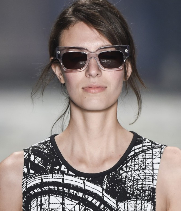dark-lenses-4 57+ Newest Eyewear Trends for Men & Women 2019