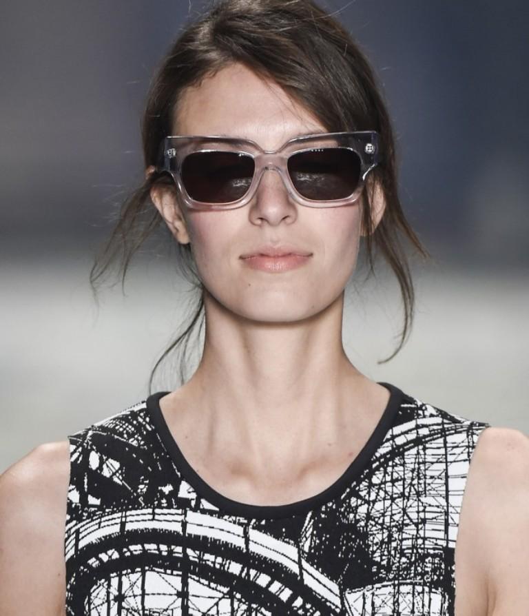 dark-lenses-4 57+ Newest Eyewear Trends for Men & Women 2020
