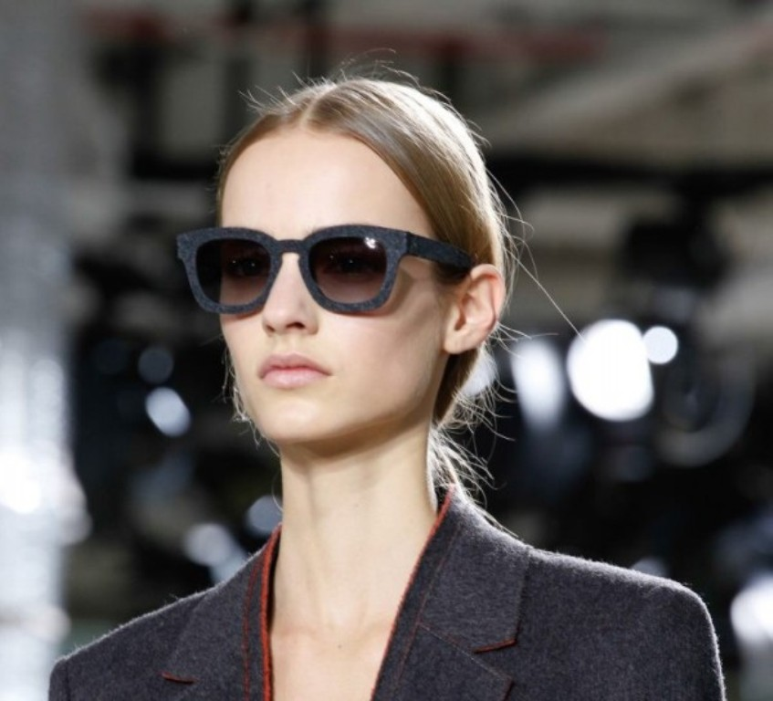 dark-lenses-8 57+ Newest Eyewear Trends for Men & Women 2020