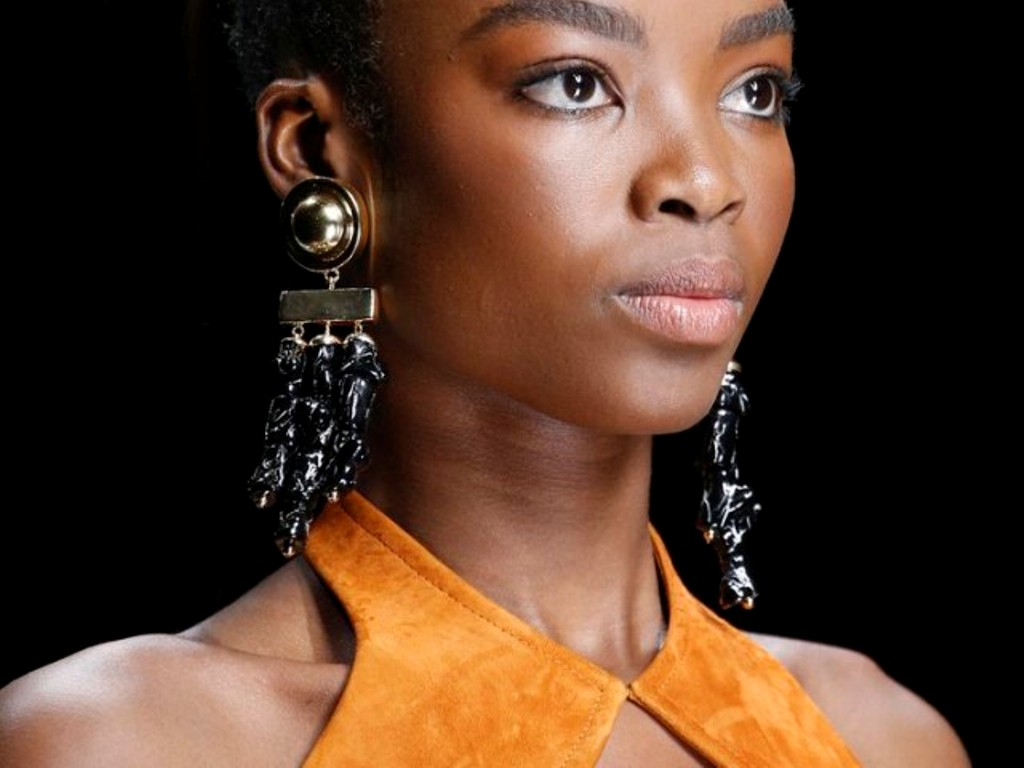 drop-single-hoop-and-statement-earrings-2 65+ Hottest Jewelry Trends for Women in 2020