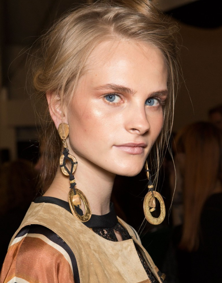 drop-single-hoop-and-statement-earrings-3 65+ Hottest Jewelry Trends for Women in 2019