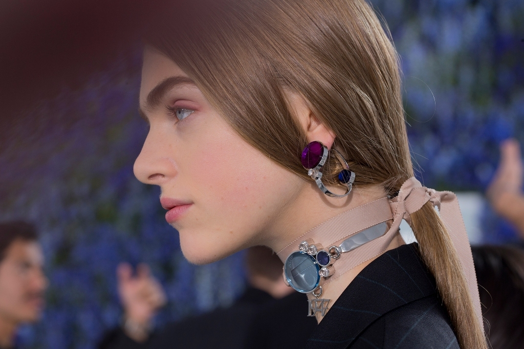drop-single-hoop-and-statement-earrings-9 65+ Hottest Jewelry Trends for Women in 2020