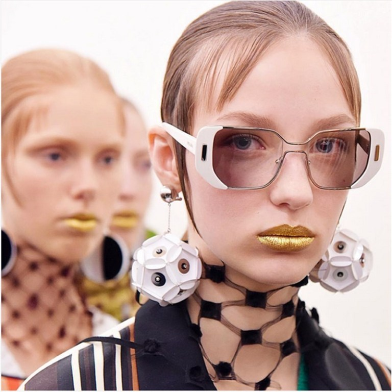 eyewear-trends-2016-10 57+ Newest Eyewear Trends for Men & Women 2020