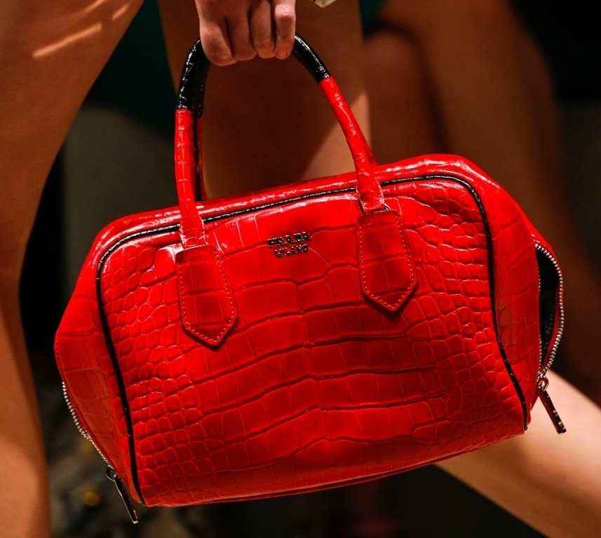 fur-reptile-skin-and-leather-13 75 Hottest Handbag Trends for Women in 2020