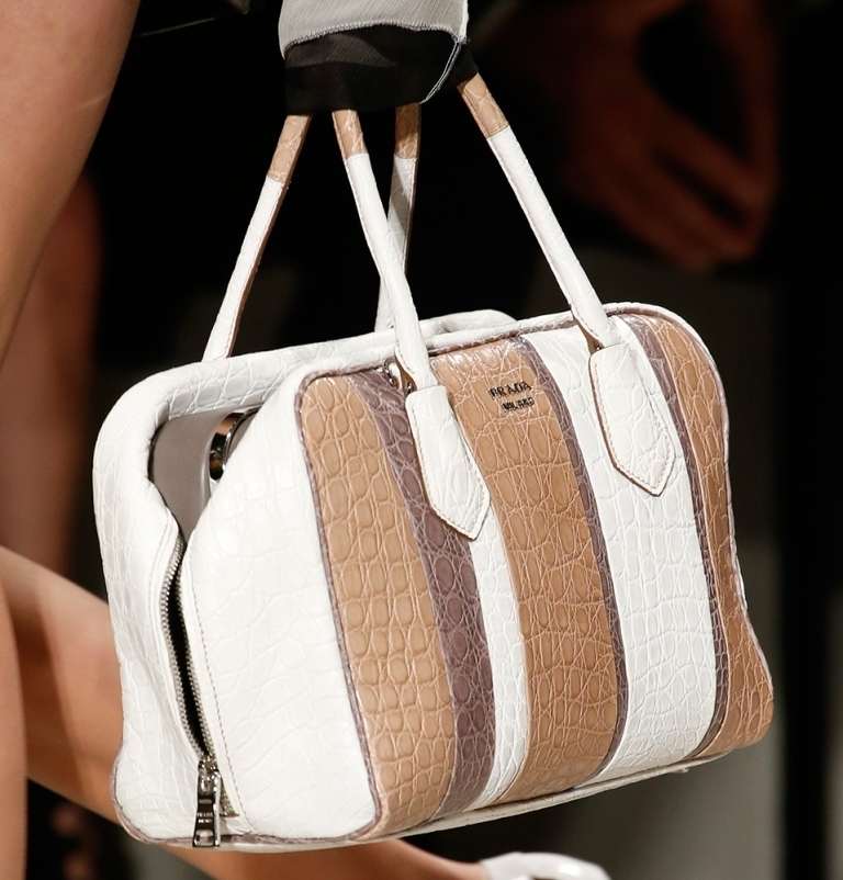 fur-reptile-skin-and-leather-14 75 Hottest Handbag Trends for Women in 2020