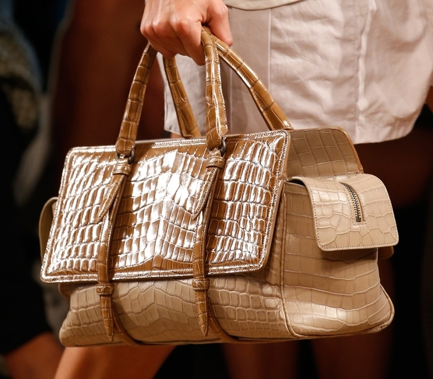 fur-reptile-skin-and-leather-2 75 Hottest Handbag Trends for Women in 2019