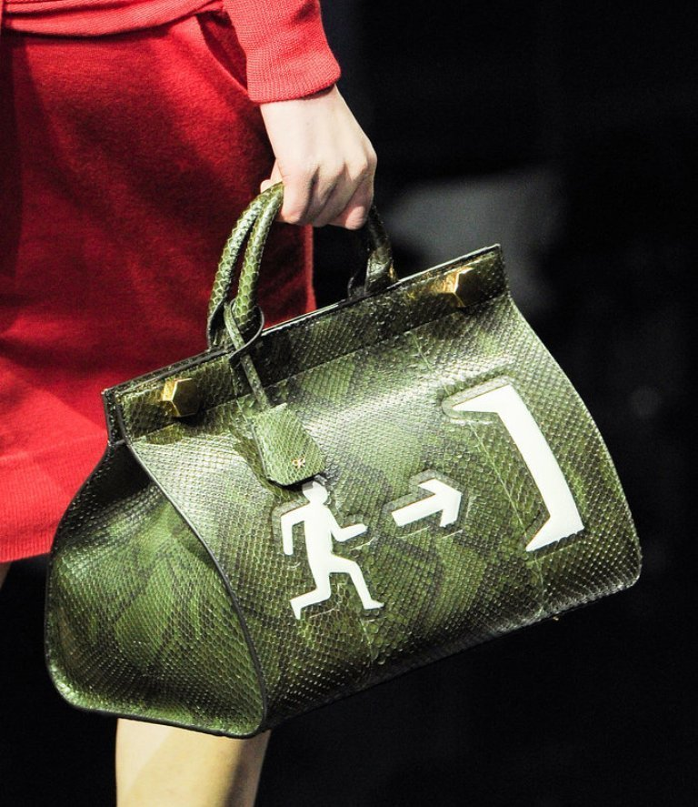 fur-reptile-skin-and-leather-9 75 Hottest Handbag Trends for Women in 2019