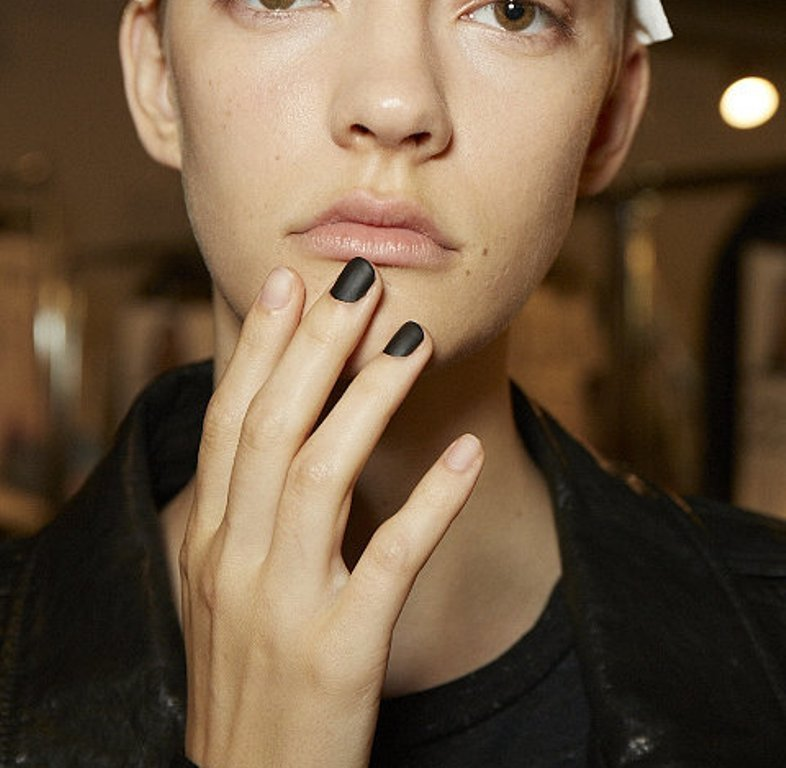 matte-nails-2 45+ Hottest & Catchiest Nail Polish Trends in 2021