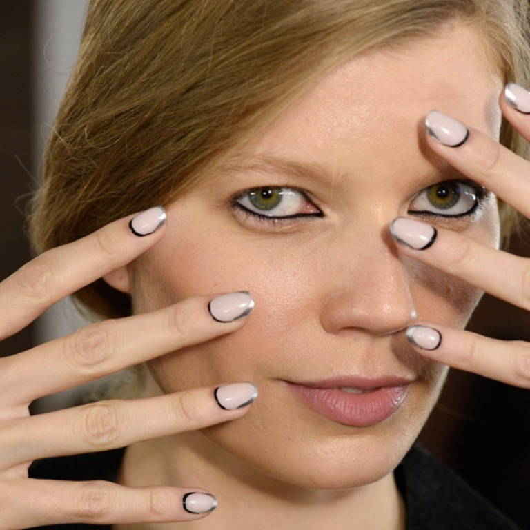 metallic-nails-5 45+ Hottest & Catchiest Nail Polish Trends in 2021