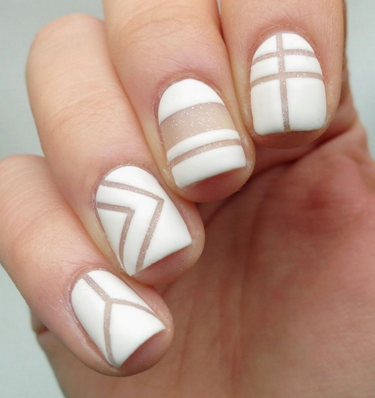 nail-polish-trends-2016-49 45+ Hottest & Catchiest Nail Polish Trends in 2021