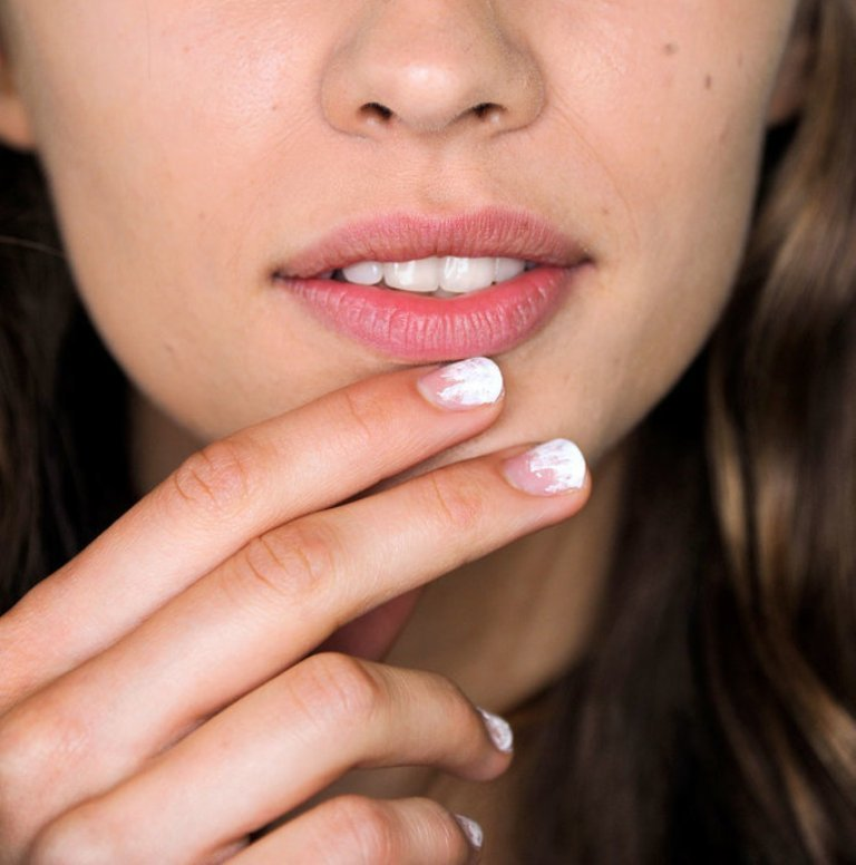 nail-polish-trends-2016-50 45+ Hottest & Catchiest Nail Polish Trends in 2020