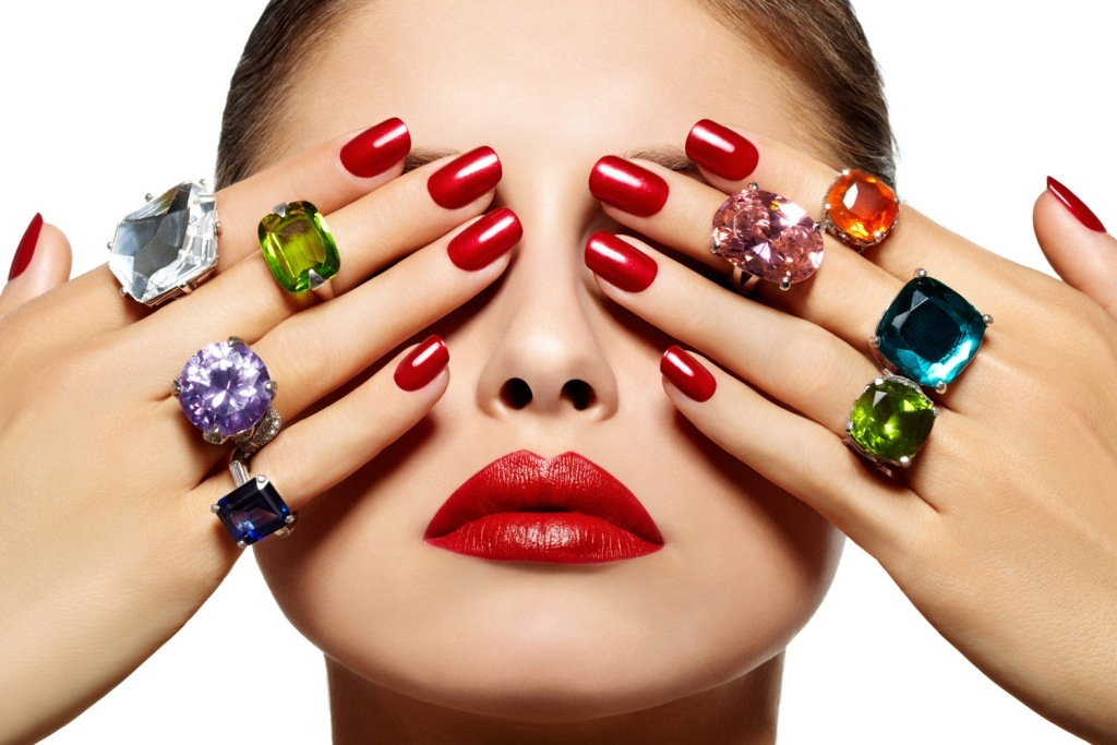 nail-polish-trends-2016-53 45+ Hottest & Catchiest Nail Polish Trends in 2020