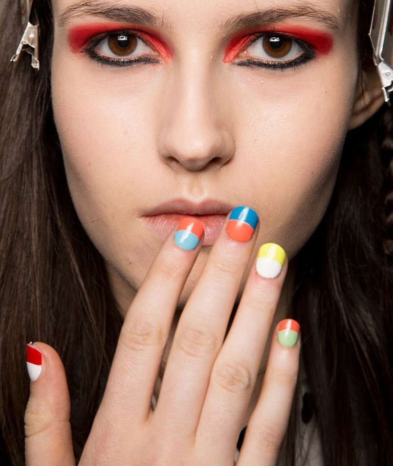 nail-polish-trends-2016-56 45+ Hottest & Catchiest Nail Polish Trends in 2020