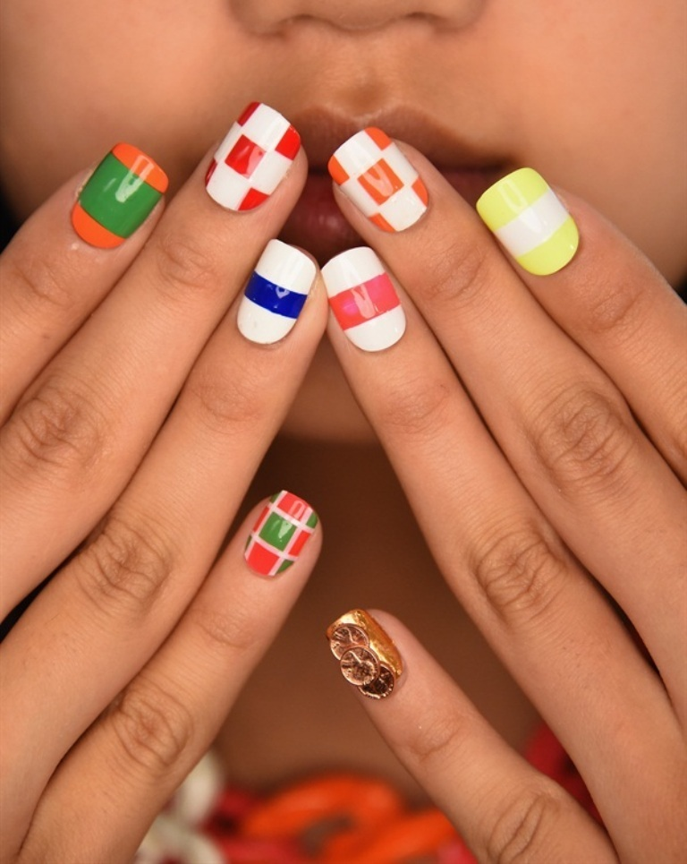 nail-polish-trends-2016-59 45+ Hottest & Catchiest Nail Polish Trends in 2021