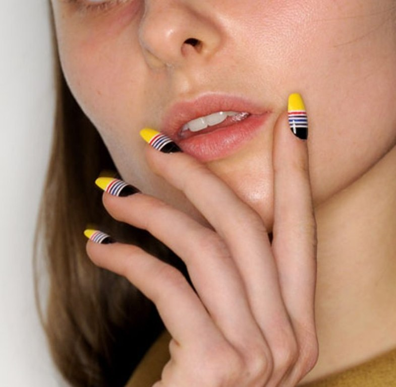nail-polish-trends-2016-62 45+ Hottest & Catchiest Nail Polish Trends in 2021