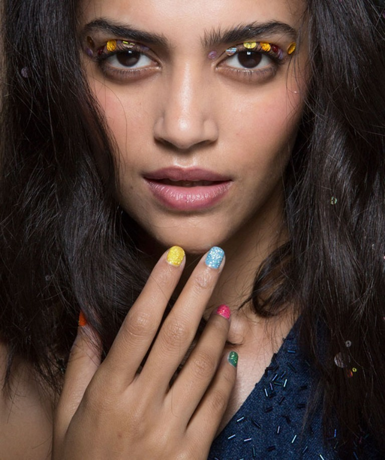 nail-polish-trends-2016-64 45+ Hottest & Catchiest Nail Polish Trends in 2020