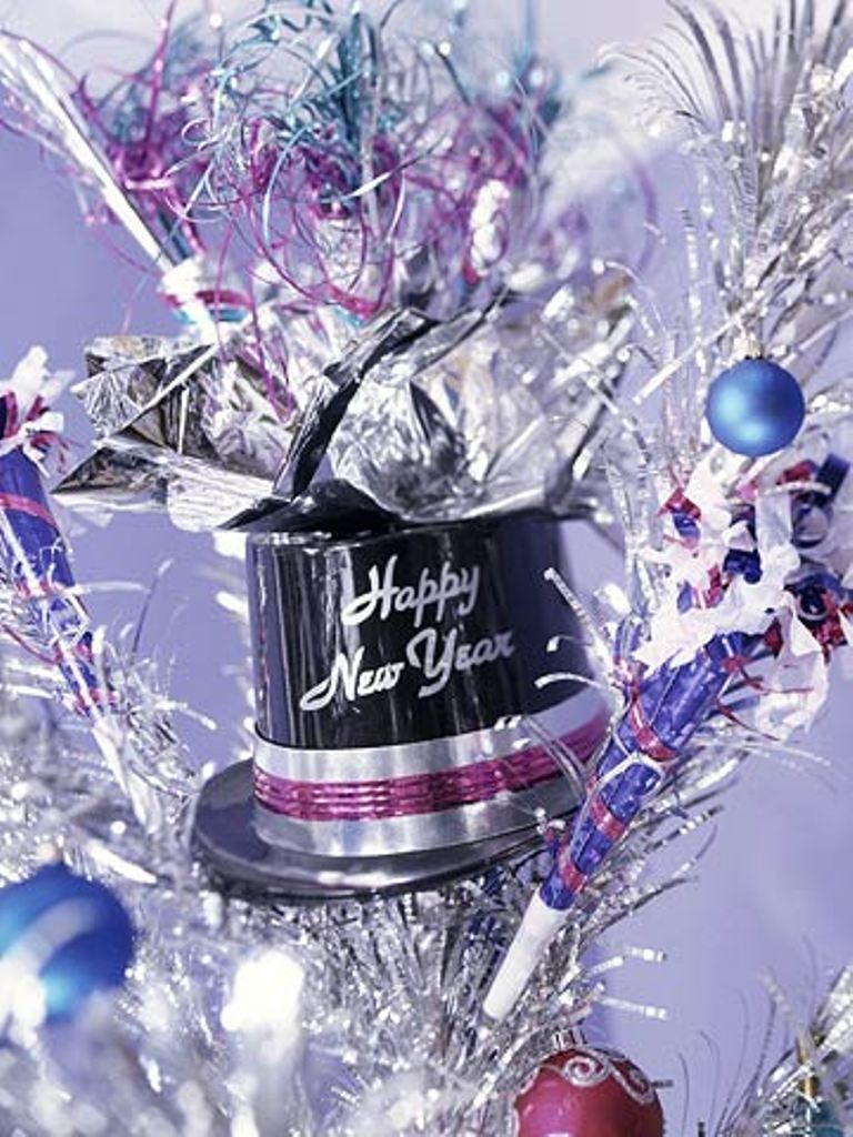 new-year-2016-decoration-14 53 Awesome New Year's Eve 2017 Decorating Ideas