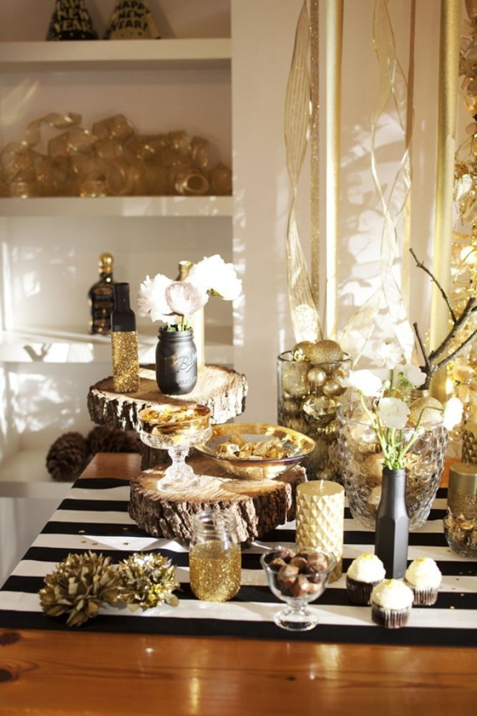new-year-2016-decoration-32 53 Awesome New Year's Eve 2017 Decorating Ideas