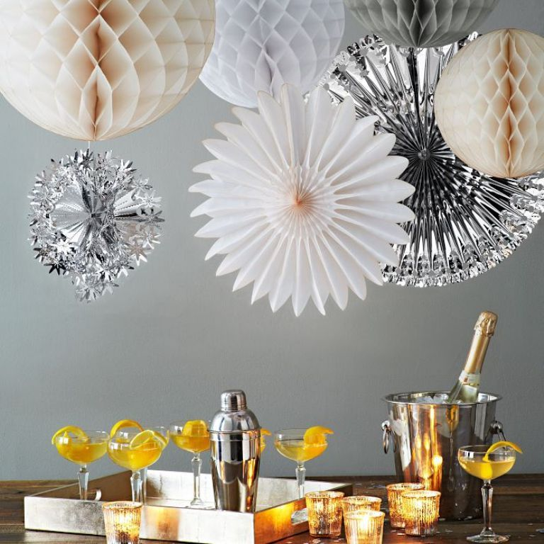 new-year-2016-decoration-37 53 Awesome New Year's Eve 2017 Decorating Ideas