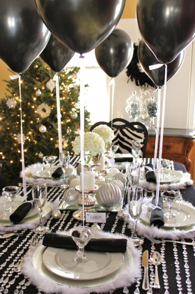 new-year-2016-decoration-44 53 Awesome New Year's Eve 2017 Decorating Ideas