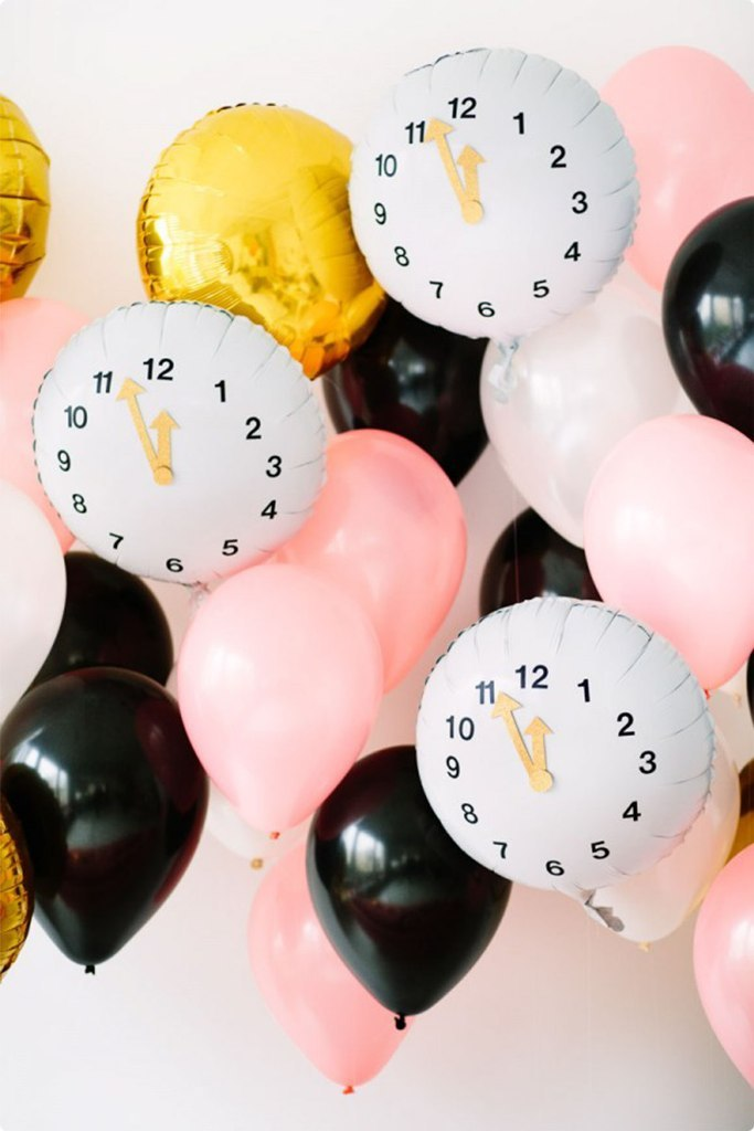 new-year-2016-decoration-6 53+ Awesome New Year's Eve Decorating Ideas 2019