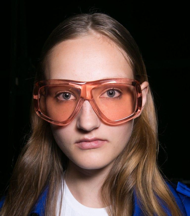 oversized-glasses-2 57+ Newest Eyewear Trends for Men & Women 2020