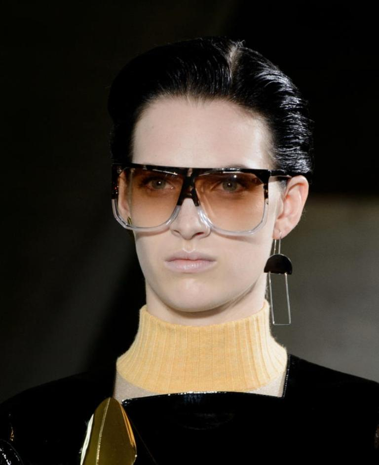 oversized-glasses-3 57+ Newest Eyewear Trends for Men & Women 2020