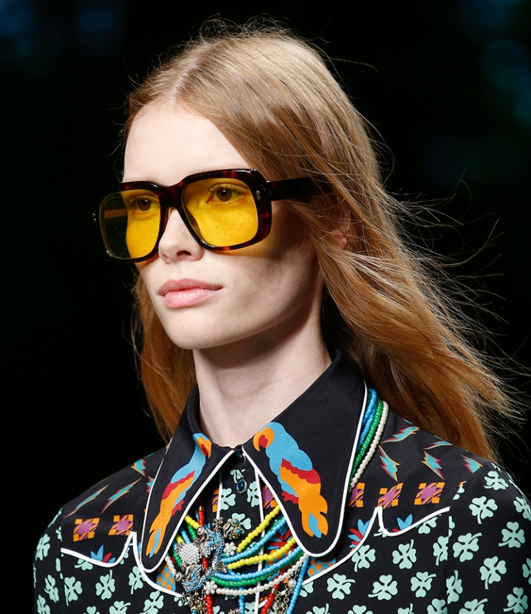 oversized-glasses-4 57+ Newest Eyewear Trends for Men & Women 2019