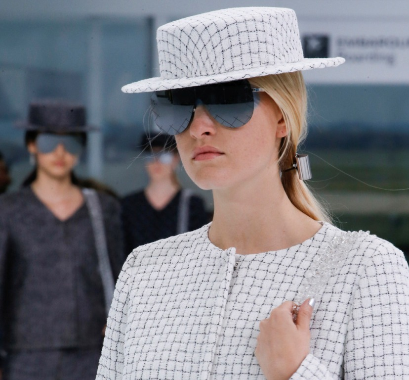 oversized-glasses-7 57+ Newest Eyewear Trends for Men & Women 2020