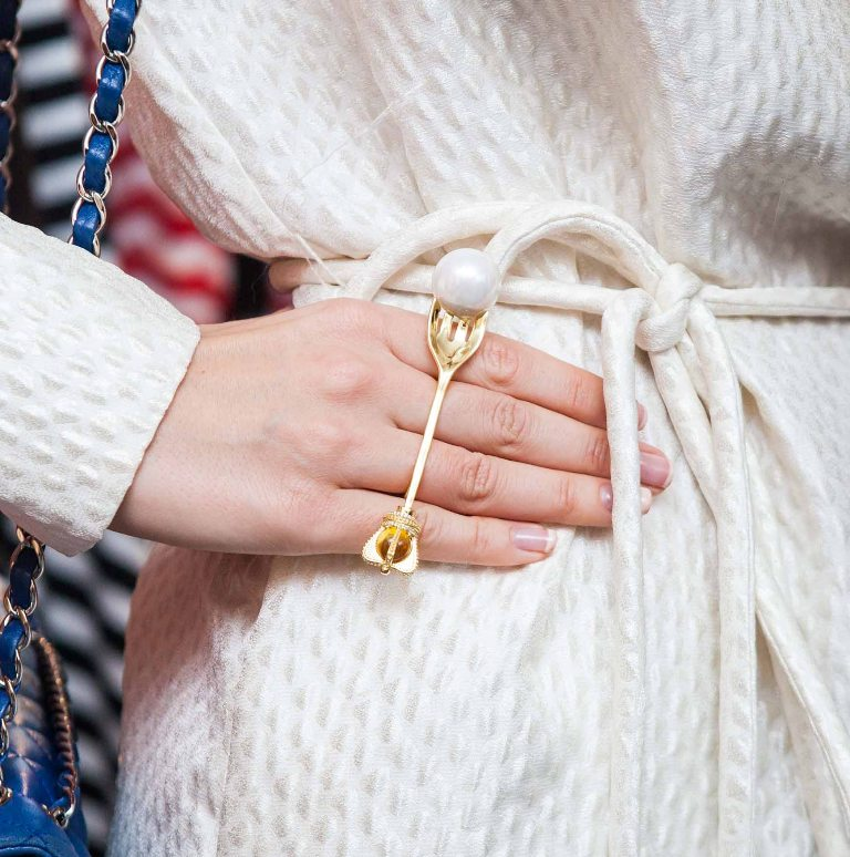 pearls-and-chains-3 65+ Hottest Jewelry Trends for Women in 2020
