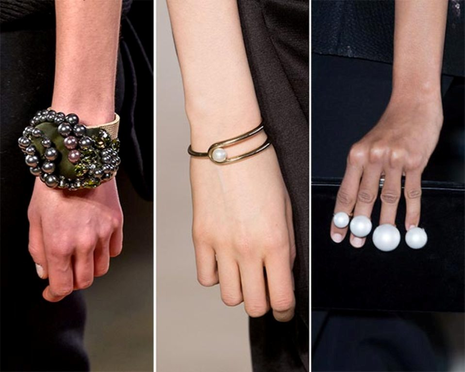 pearls-and-chains-4 65+ Hottest Jewelry Trends for Women in 2020
