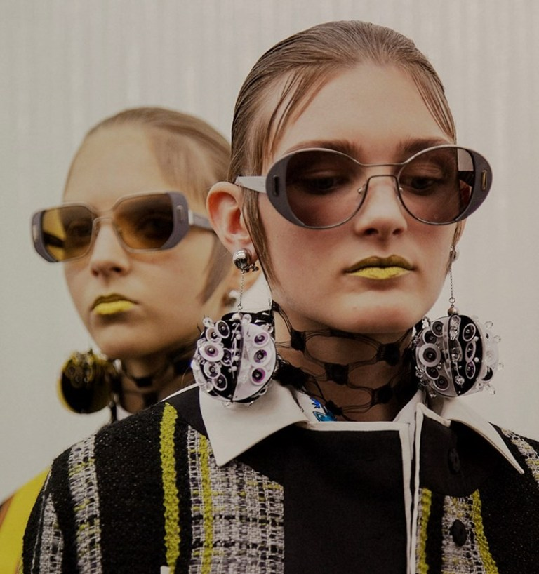 round-and-square-glasses-1 57+ Newest Eyewear Trends for Men & Women 2020