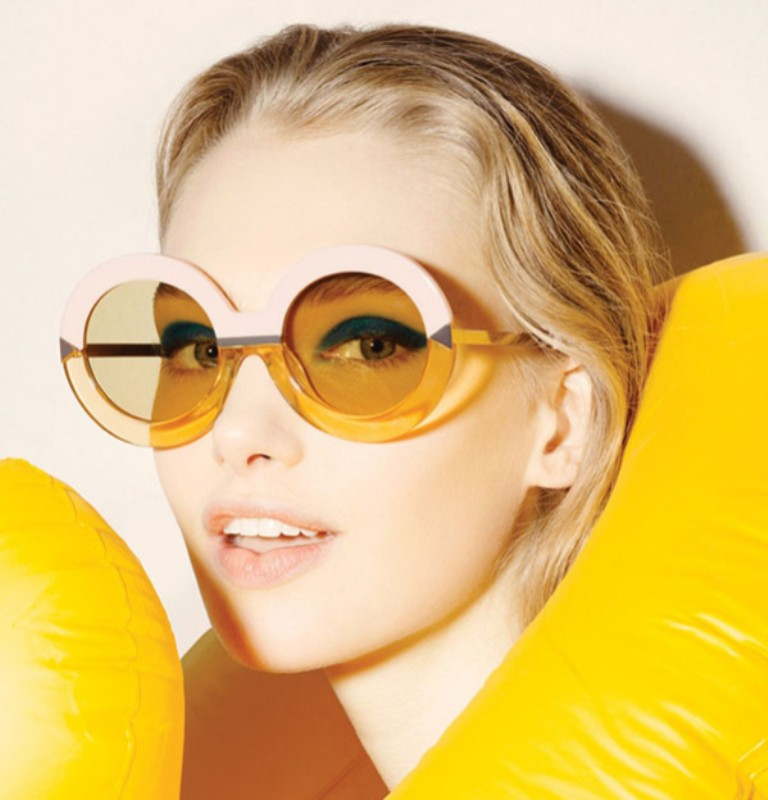 round-and-square-glasses-2 57+ Newest Eyewear Trends for Men & Women 2020