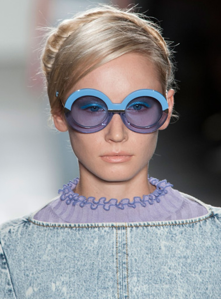 round-and-square-glasses-7 57+ Newest Eyewear Trends for Men & Women 2020