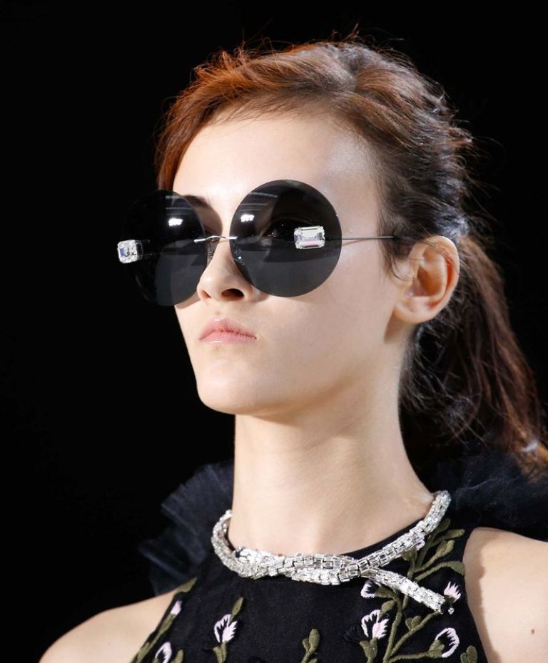 round-and-square-glasses The Newest Eyewear Trends for Men & Women 2017