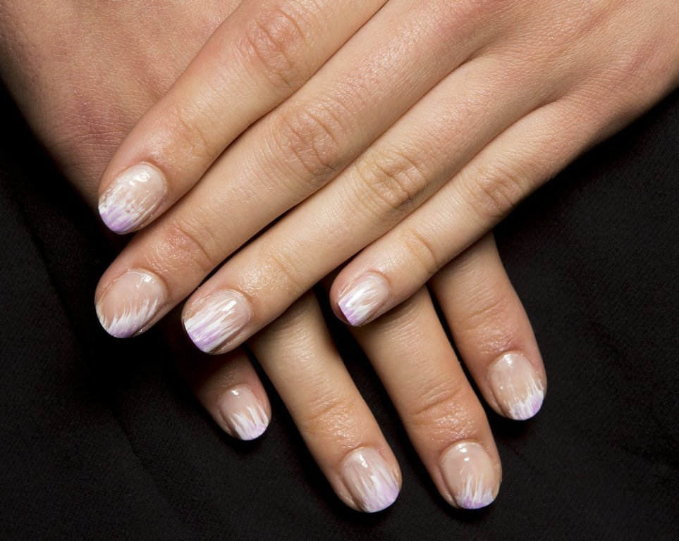 rounded-and-short-nails-2 45+ Hottest & Catchiest Nail Polish Trends in 2021