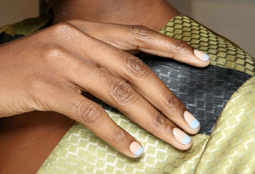 rounded-and-short-nails-6 45+ Hottest & Catchiest Nail Polish Trends in 2021