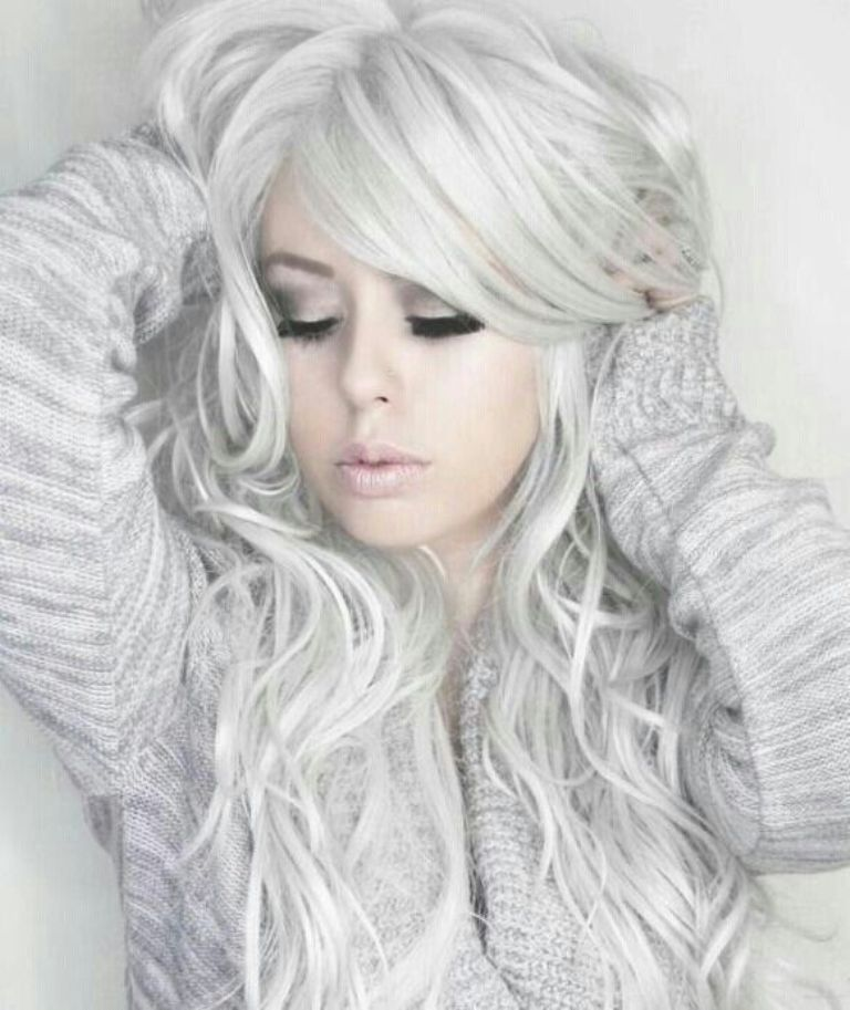 silvery-white-3 20+ Hottest Hair Color Trends for Women
