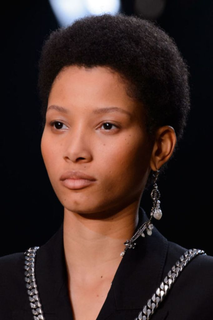 single-earring-2016 65+ Hottest Jewelry Trends for Women in 2019