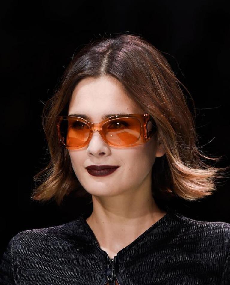 thick-frames-5 57+ Newest Eyewear Trends for Men & Women 2020