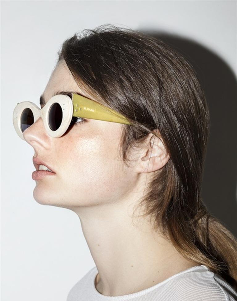 thick-frames 57+ Newest Eyewear Trends for Men & Women 2020